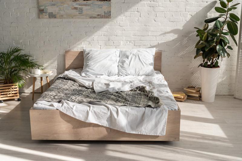 Massivholzbetten – so findet man das richtige Bett